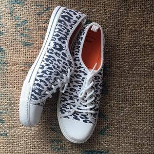 Gap Animal Print Lace Up Sneakers, Size 8